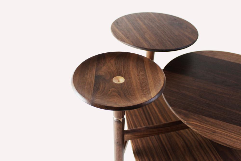 Lotus table d'appoint par Lu Xu